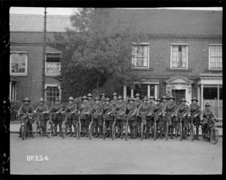 A World War I New Zealand cycle unit in England. Royal New Zealand Returned and Services' Association :New Zealand official negatives, World War 1914-1918. Ref: 1/2-014057-G. Alexander Turnbull Library, Wellington, New Zealand. http://natlib.govt.nz/records/22865437